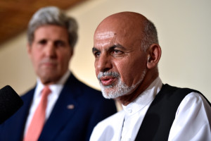 Ashraf_Ghani_with_John_Kerry_July_2014