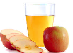 natural-solutions-for-frizzy-hair-apple-cider-vinegar