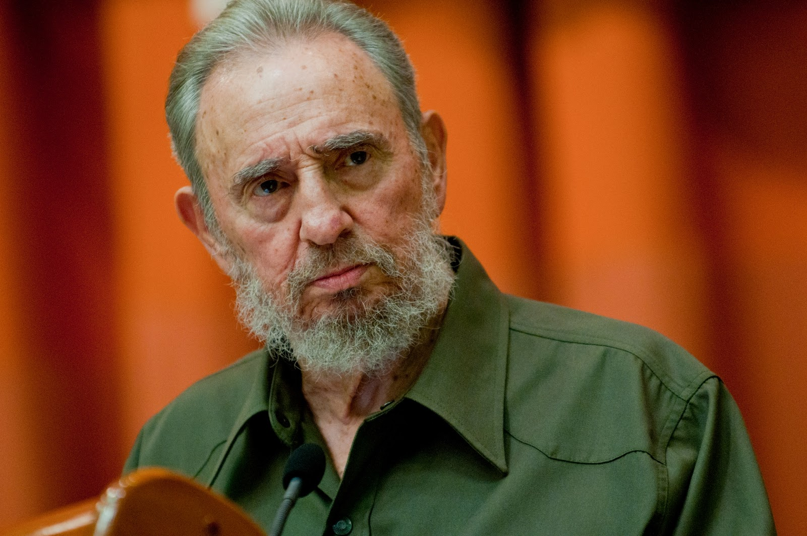 fidel castro says us owes millions the gazette review fidel