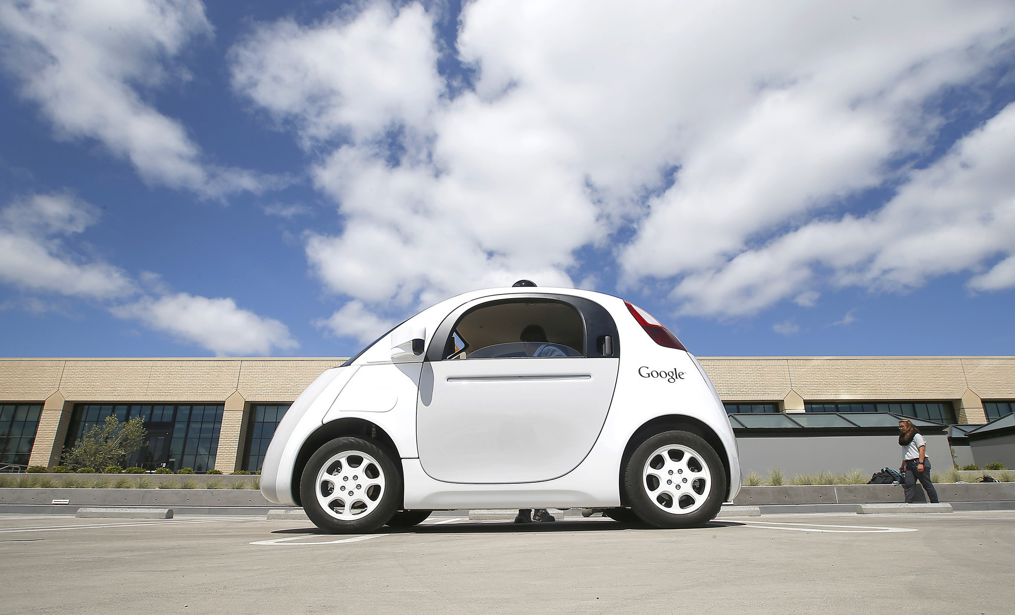 New Survey Self Driving Cars Are Popular In India And China The