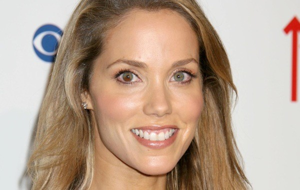 Elizabeth Berkley earned a  million dollar salary, leaving the net worth at 6 million in 2017