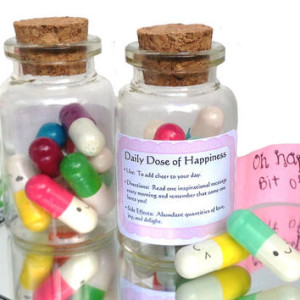 top-10-girlfriend-gifts-message-pills