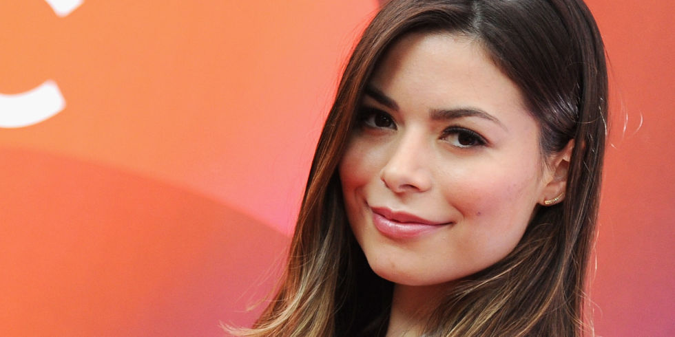 Miranda Cosgrove 2017: dating, smoking, origin, tattoos &amp- body ...