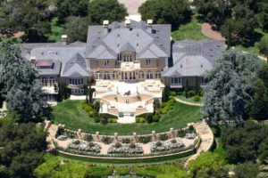 oprah-winfrey-net-worth-mansion