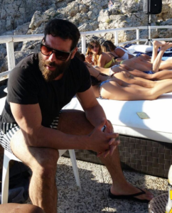 Dan-Bilzerian-Girls