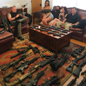 Dan-Bilzerian-Guns-At-Home