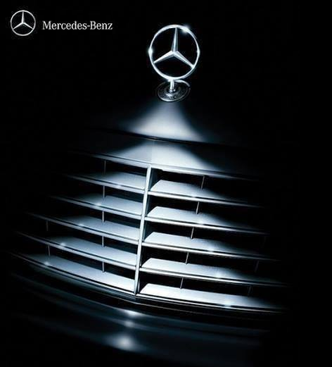 Top 10 best ad campaigns ever created the gazette review for Comercial mercedes benz