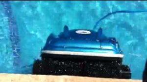 smartpool-scrubber-60-in-water