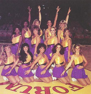 paula-abdul-lakers