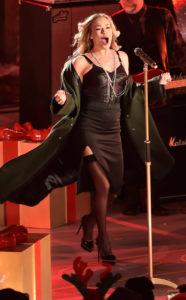 Leann Rimes Rockin Around The Christmas Tree