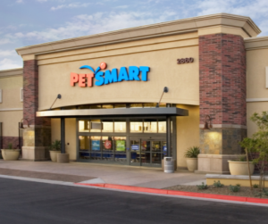 There's one thing that unites everyone who works at PetSmart: we all love pets. Cats, dogs, goldfish, parakeets, hamsters – you name it, we love them.