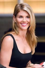 What Happened to Lori Loughlin - What She's Doing Now ...