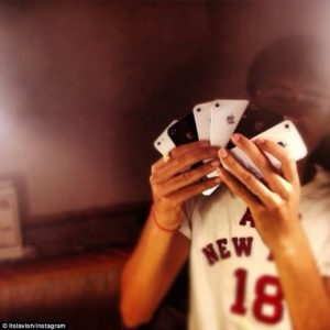 iPhones like playing cards