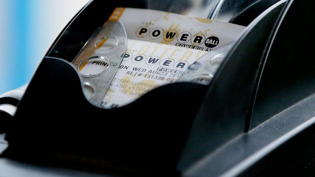 Crowds buying Powerball Tickets for $700 million jackpot