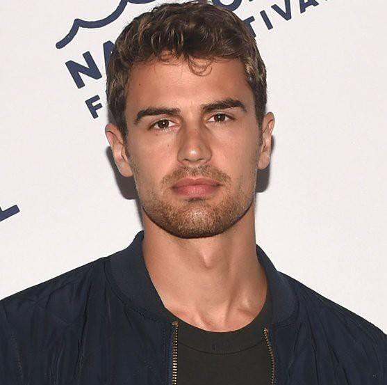 Theo James Net Worth 2018 - How Rich Is The Actor Actually -1403