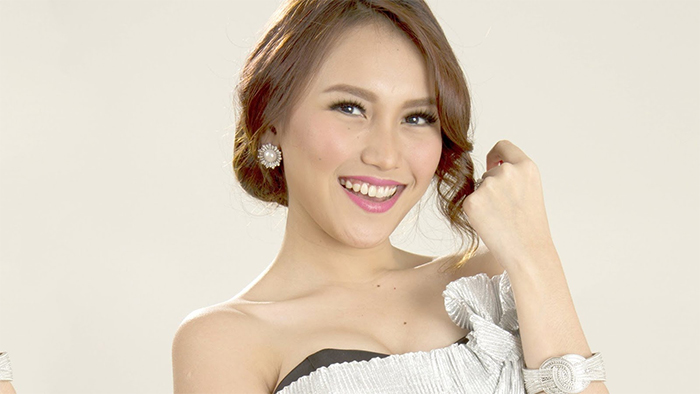 Ayu Ting An Indonesian Singer First Gained Widespread Attention For Her Song Fake Address In Blessed With Good Looks She Started To Model At