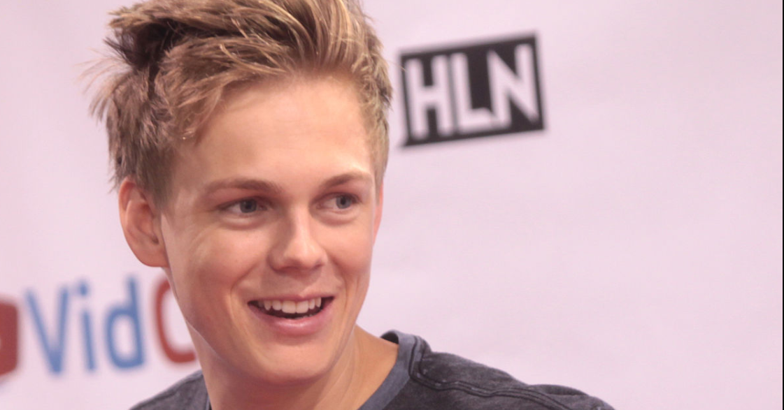 Caspar Lee Snapchat Name- What's His Snapchat Username ...