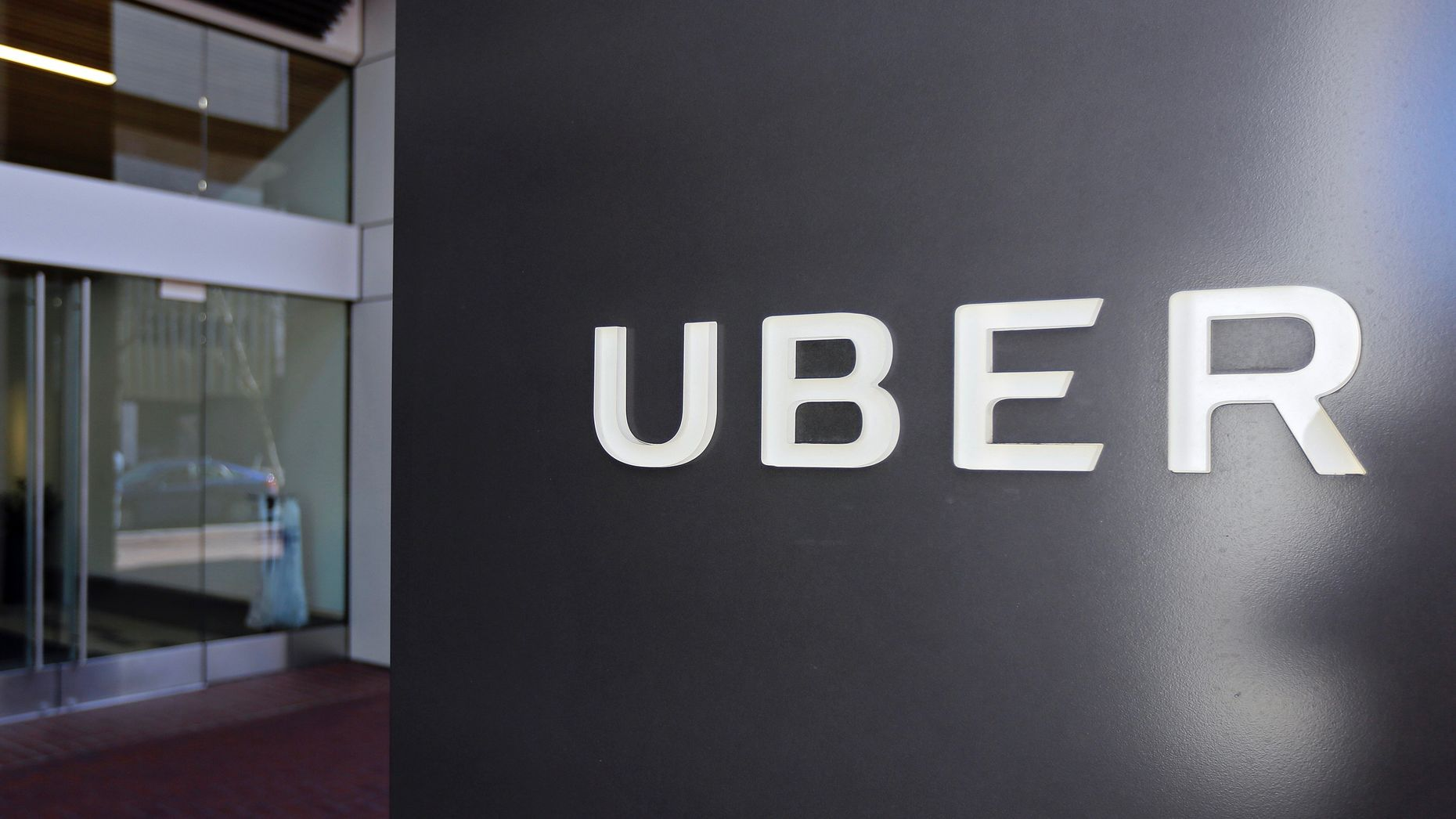 Uber files appeal against London ban