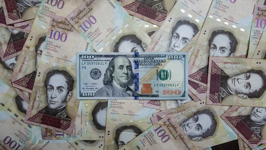 The Black Market Exchange Rate In Venezuela Is Increasing At A Record Pace Country S Currency Continues To Drop Against Us Dollar Today