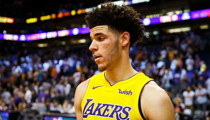 Lonzo Ball (shoulder) is expected to play on Friday