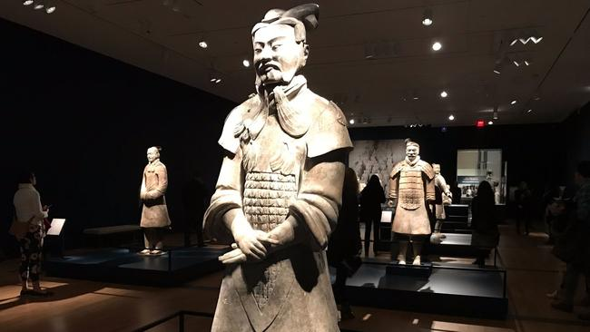 China furious after man steals thumb from terracotta army statue