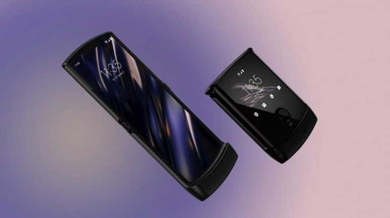 Motorola's Foldable Razr Is Delayed Because It's Already Too Popular